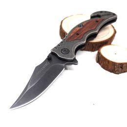 Mejor cuchillo de mango de madera plegable online-Cuchillos de supervivencia Stone Washed Pocket Cuchillo plegable Herramienta de corte Táctico Cuchillo Hoja de acero Mango de madera Campamento de caza al aire libre Best Gife