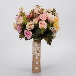 Модный букет онлайн-Мода красочные белый свадебный букет ручной работы искусственный цветок розы Буке casamento свадебный букет для свадебные украшения CPA1591