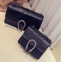bolso de gamuza negra Rebajas Nuevos bolsos de diseño de cuero de serpiente en relieve de la manera Mujeres bolso de la cadena Crossbody Bag Diseñador de la marca Messenger Bag sac a main