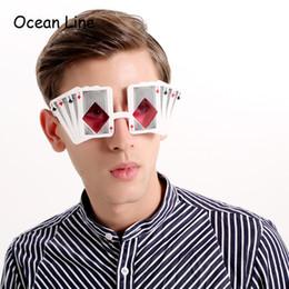 foto-stand veranstaltungen Rabatt Lustige Poker Spielkarten Kostüm Gläser Bachelorette Party Maske begünstigt Photo Booth Requisiten Event Party Supplies Dekoration