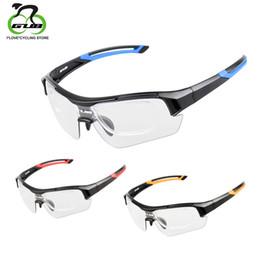 Scolorimento degli occhiali da sole online-GUB Occhiali da ciclismo fotocromatici Scolorimento Occhiali da pesca Occhiali da sole Occhiali da ciclismo UV400 con telaio interno in miopia