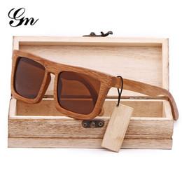 9df5b544f5cda 2019 wooden polarized sunglasses G M 2018 Europa Homens Ofertas De Madeira  Óculos De Sol, Bambu