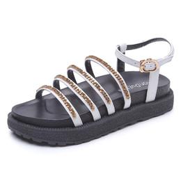 Мода металлическая цепь маффин толстым дном римские туфли Женские новые летние нескользящие Женские сандалии от