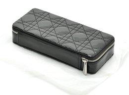 AC403 Fashion VIP GIFT patent leather BLACK Quilted thread Cosmetic MakeUp  Organizer Storage Bag box cf8d46b794a5f
