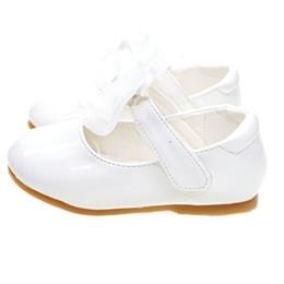 Zapatos de bajo comercio online-Guangzhou comercio exportación otoño princesa zapatos parche mágico niña zapatos de bebé desgaste ligero desgaste bajo ayuda zapatos femeninos