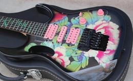 Guitarra elétrica rosa on-line-Personalizado 24 Frets 77FP2 Steve Vai Guitarra Elétrica Padrão de Flor Verde Videira Fingerboard Inlay, Preto Floyd Rose Tremolo, HSH Rosa Pickups