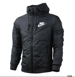 Outdoor clothing en Ligne-2018 mode nouveau noir à manches longues hommes veste manteau Automne sports Outdoor windrunner avec fermeture éclair coupe-vent hommes vêtements plus la taille FBGFDG