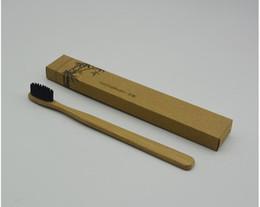Vente chaude Personnalisé Bamboo Toothbrushes Tongue Cleaner Denture Dents Kit De Voyage Brosse À Dents MADE IN CHINA LIVRAISON GRATUITE ? partir de fabricateur