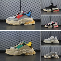 Wholesale Leather Top Table - 2018 Triple-S Designer Luxury Shoes Low Top Sneakers Triple S Men's and Women's Casual Shoes Outdoor Sports Trainers Shoes