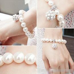 Wholesale Trendy Bracelets For Girls - 2018 Fashion designer Pearl Beaded Bracelet Bridal Charm jewelry for women lady girl beautiful Elastic bracelet lovely party prom jewellry