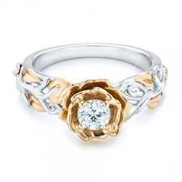 Austriaco CZ Crystal Anillos de Boda Accesorio Inifite Love Delicada Rose Flower Ring Lady Jewelry anillos de cristal de flores para la novia 080302 desde fabricantes
