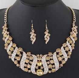 24k solid gold anhänger ketten Rabatt 5 Farben Spiralform Damen Statement Halskette Ohrring Sets - Hochzeit Braut österreichischen Kristall Luxus Designer-Schmuck-Set