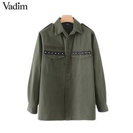Vadim con borchie verde militare nappe camicie allentate tasche rivetto  camicia a maniche lunghe stile boyfriend femminile casual top blusas LT2387 08eb5ce547d