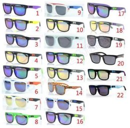 Argentina Medidores CALIENTES populares gafas cuadradas gafas de sol deportes al aire libre gafas de montar Europa y los Estados Unidos gafas de hombres y mujeres en general Suministro
