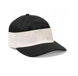 Wholesale fashionable hats - 2018 Luxury brand limited edition elastic fashionable female hat Male and female baseball caps spring summer cap.