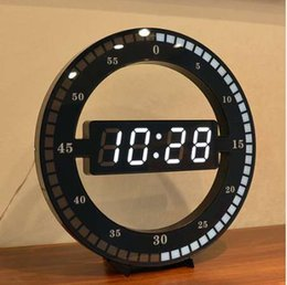 Parete orologio digitale appesa online-Orologio da parete appeso muto creativo Cerchio nero Regola automaticamente l'orologio da tavolo a LED digitale con display a LED