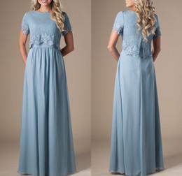 Bleuet Bleu Long Modest robes de demoiselle d'honneur avec manches courtes en dentelle Top A-ligne Formelle Boho Rustique Religieux Robe De Fête De Mariage ? partir de fabricateur