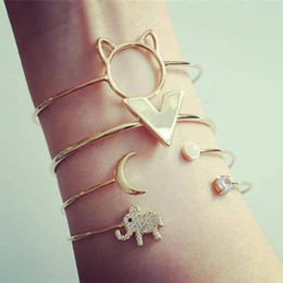 2019 bracciale elefante Elephant Bracelet Strass Fashion Women Set Cat Cuff Moon Letters Open sconti bracciale elefante