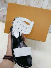 DİKKAT! SıCAK Markalı Kadınlar Baskı Deri Nomad Sandal Tasarımcı Deri Taban Mükemmel Düz Tuval Düz Sandal Size35-44 nereden mini kanvas tedarikçiler