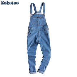 2019 combinaison en denim léger Sokotoo hommes bleu léger denim salopettes salopettes style coréen slim fit bretelles combinaisons pantalons crayon conique combinaison en denim léger pas cher