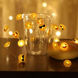 Luces de cadena frescas online-2M Simle Face Fairy LED String Lights Cool Emoji Holiday Lighting para la fiesta de Navidad en casa habitación de los niños de interior decoración al aire libre