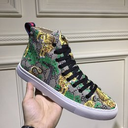 Wholesale Italian Mens Fashion Shoes - famous brand Men Fashion sneakers spring fall Luxury brand mens shoes high top Letter Panther Tiger Italian designer Style casual sneakers