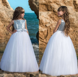 Wholesale cheap pageant sash - Newest Cute Tulle Flower Girls Dresses With Sash 2018 Sleeveless Cheap Floor Length Girls Party Pageant Gowns MC1549