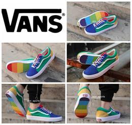 Wholesale rainbow designs - 2018 New Design Vans Old Skool Rainbow Men Womens Casual Shoes Fashion Vans zapatillas de deporte Shoes Canvas Sport Sneakers Eur 36-44