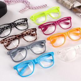 Unisex geek brille online-2019 Hot Sonnenbrillen Unisex Sonnenbrillen Rivet Sonnenbrillen Retro Farbe Unisex Punk Geek Style Clear Lens Glasses