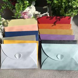 Wholesale Старинные ретро небольшой цветной пустой бумаги конверты свадебные приглашения конверт поздравительные открытки подарок конверт см