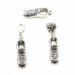 20 unids al por mayor zapatos corrientes de plata que cuelgan cuelgan los encantos del broche de langosta encantos aptos diy pulsera collar colgante joyería accesorio desde fabricantes