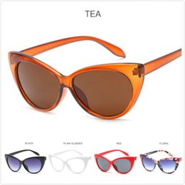 Wholesale trendy fashion accessories wholesale - 2018 Trendy UV Personality Cat Eyes Female Fashion Sunglasses Retro Style Women's Sunglasses Clothes Accessories Multicolor Optional