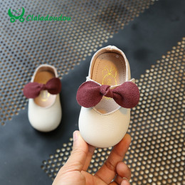 Wholesale Pink Baby Dress Shoes - Claladoudou 11.8-15CM Toddler Girls Shoes Genuine Leather Red Baby Girls Party Dress Shoes Kids Black Pure Wedding