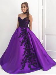 Argentina Nueva moda 2019 cariño una línea de vestidos de noche de las mujeres púrpura satén encantadores apliques negros vestidos debutante con bolsillos vestidos de baile Suministro