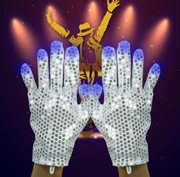 Wholesale Luminous Rave - 2pcs pair Flashing Sequins Gloves Light 6 Mode LED Gloves Mittens Costumes Rave Riding Party Supplies Luminous Gloves 50pairs
