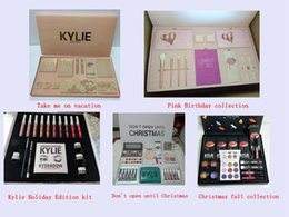 Wholesale Color Gift Boxes - Kylie makeup sets Vacation Pink Birthday Holiday christmas fall collection don't open until Christmas Edition Makeup set Gift Box