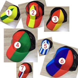 Vendita calda Russia Coppa del mondo berretto con visiera Tema Cap Ricamo  Paese Squadra Simbolo Cappellini Sport Regolabili cappelli da baseball per  uomo e ... 309d19c7cb83