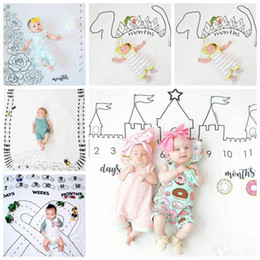 Wholesale infant hands - 100*100cm infant Photography background Blankets printed props newbor Baby Blanket INS Castle Dinosaur baby Blankets GGA646
