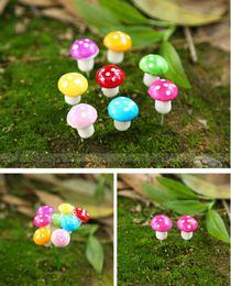gnomi da giardino fiabeschi in miniatura Sconti Colorful mini Mushroom fairy garden miniature gnome moss terrarium decor plastica artigianato bonsai casa giardino ornamento per fai da te zakka