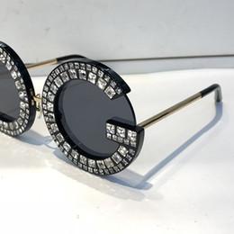 большие круглые солнцезащитные очки для женщин Скидка Роскошные 6121 солнцезащитные очки Мода женщины Алмаз Fram Bling Bling 6121b дизайн большой кадр негабаритных модель круглый объектив высокое качество UV400 Pretection
