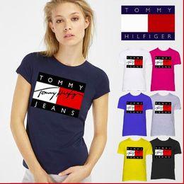 Medio cuello camisa online-Camiseta de la marca Summer 2018, estampado de letras de moda, cuello redondo, camiseta de algodón puro para damas jóvenes, camiseta de media manga
