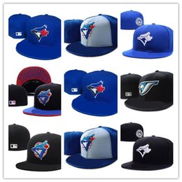 Gestickte patch-logos online-Gute Entwurf New Männer Toronto Schwarz Farbe Baseball Ausgestattet Hüte Sport Gestickte Team Logo Voll Geschlossene kappen patch auf seite Mode