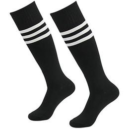 Argentina Hombres y mujeres en el tubo largo de Pure Color Stripe Dance Cheerleading uniformes Wild Socks Suministro