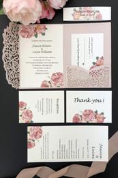 2019 costume costume 2019 Rosa Luz Laser corte convite personalizado Convite bolso Wedding Kits Shimmer Rose bolso-Fold e inserir o cartão + Belt frete grátis costume costume barato