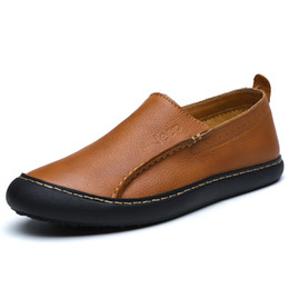 bb91d1ff8 Sapatos masculinos Primeira Camada de Couro Preguiçoso Sapatos para Homens  Moda Britânica Calçado Ao Ar Livre Respirável Não-slip Sapatos de Condução  ...