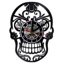 Wholesale vinyl 12 inch - Skull Head Shape Wall Clocks 12 Inches Vinyl Records Quartz Clock Creative High Precision Timepiece For Home Decor 60md B