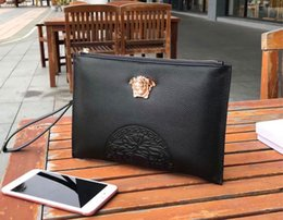 checkbook bags Promo Codes - New fashion designer men clutch bag 6220 big face logo deign Italy top leather lychee texture clutch black square top wallet