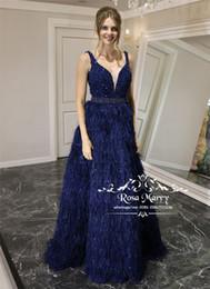 più il vestito dalla piuma dello struzzo di formato Sconti Luxury Feather Plus Size Abiti da sera 2019 con perline paillettes piume di struzzo Zuhair Murad Dubai africana ragazze spettacolo abiti da ballo
