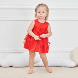 2019 robes de ligne brodées Bébé belle robe O cou 100% coton Doublure brodée de fleurs sans manches avec arc robe de princesse blanc rose rouge été promotion robes de ligne brodées