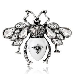 Bijoux en papillote en Ligne-Vintage Insecte Papillon Broches Corsage Revers Broches Foulard Boucle Robe Chapeaux Costume Accessoires Broche Broche Cristal Rhienstone Broach Bijoux